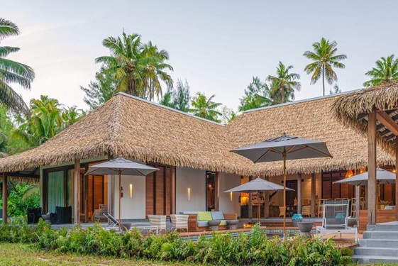 Beach Villa exterior Alphonse Island   The Luxury Travel Bible