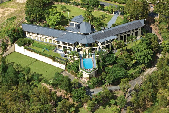 The ship shaped bow of Wings Hinterland Retreat on the Gold Coast. (2)