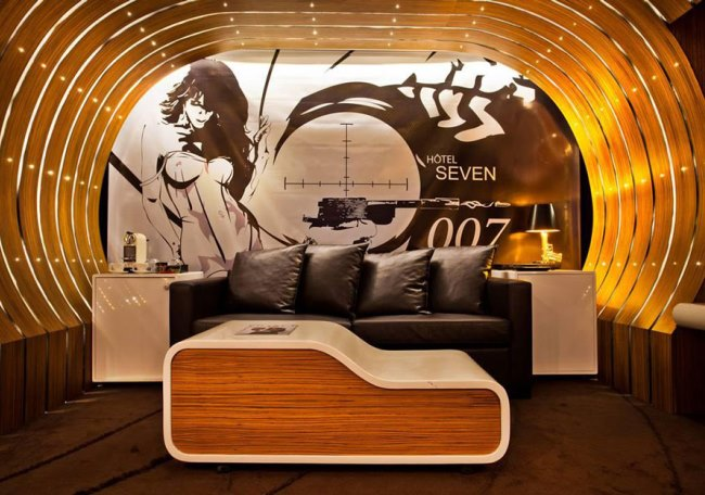 007 suite at hotel seven, Paris