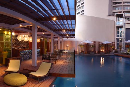 Aqua The Poolside Bar Park New Delhi
