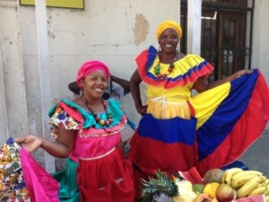 Cartagena-women-fruitsellers-300x225.jpg