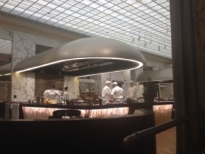 Park-hyatt-vienna-kitchen-300x225.jpg