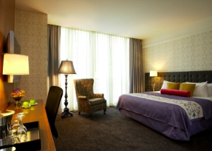 The luxury travel bible q a stephen brandman for Hotel sax chicago